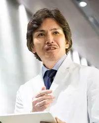 广比利次医生